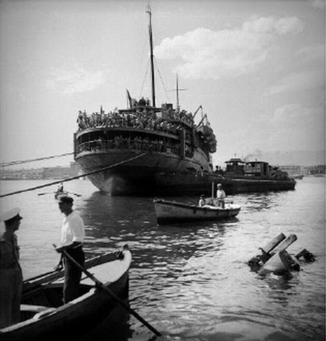 Επαναπατρισμός. Πειραιάς, 17 Ιουνίου 1945