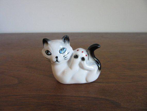 Palm Size Realistic Cat Playing Ball Lifelike Plush Kitten Fur Figurine Kitty