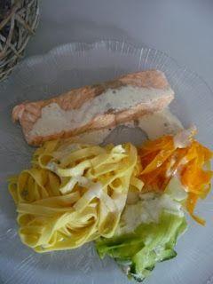 Saumon aux trois tagliatelles et sauce au boursin