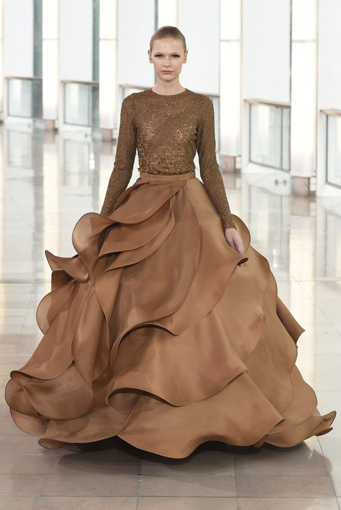 Stéphane Rolland Couture Spring 2015 ( for some reason this reminds me of chocolate milk, so just had to pin it)