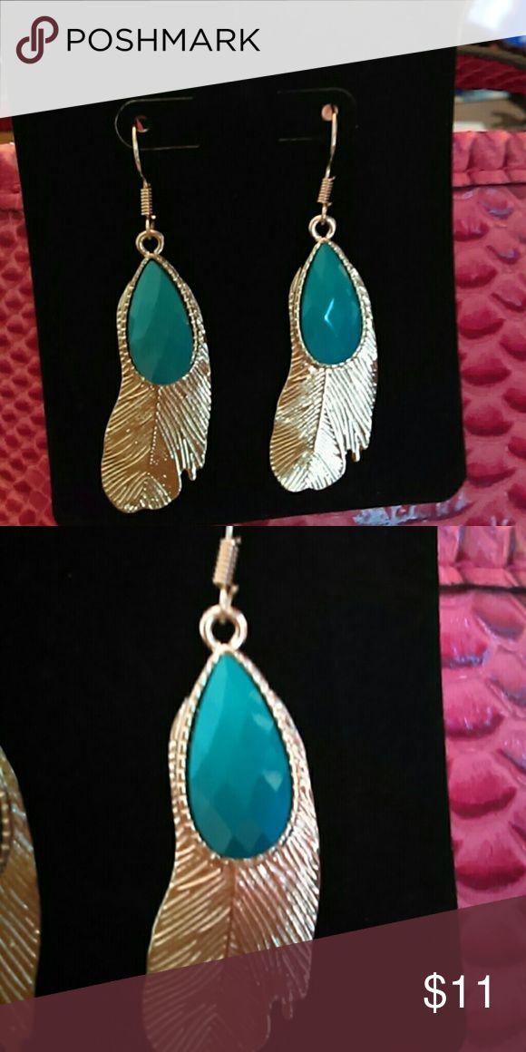 Farah Jewelry Feather  Festival Earrings Beautiful goldtone feather dangle earrings with turquoise stone. Farah Jewelry Jewelry Earrings