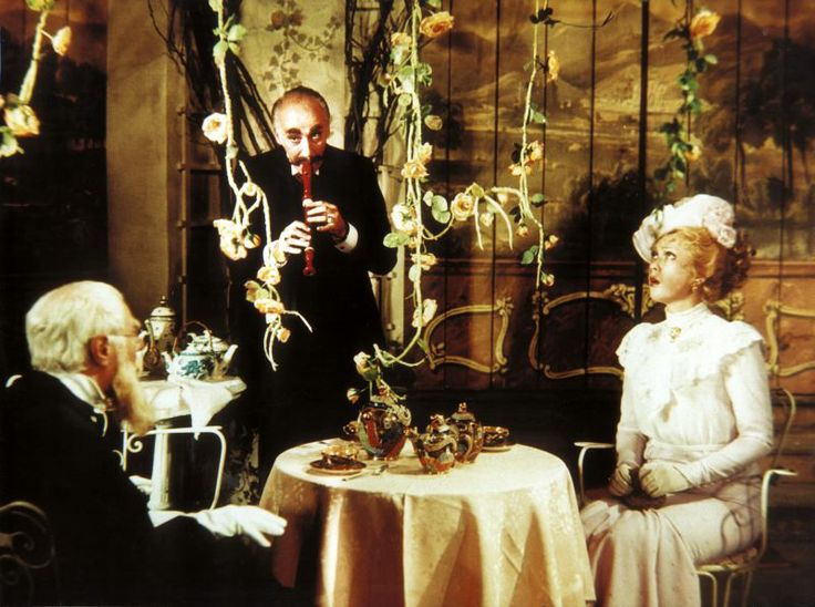「Adéla ještě nevečeřela」   監督:オルドリッチ・リプスキー(Oldřich Lipský)、1977年  #Roboraion #czech #art #culture #movie #film #comedy #sci-fi