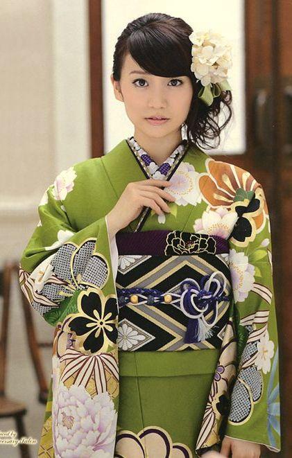 Japanese green floral kimono
