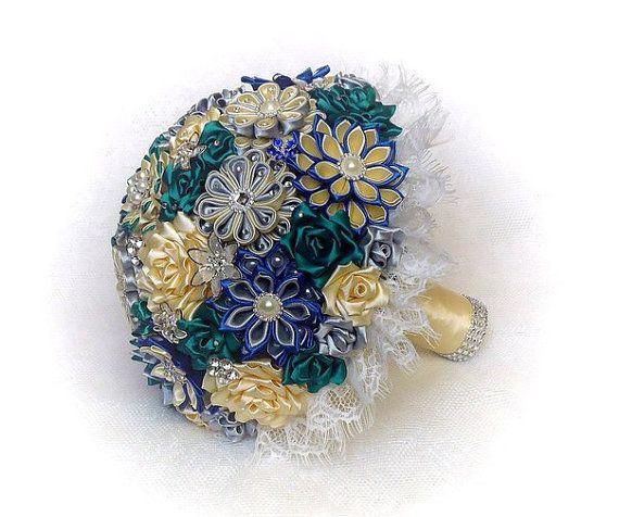 Букет невесты ручной работы цвет слоновой кости / синий от DeShiko