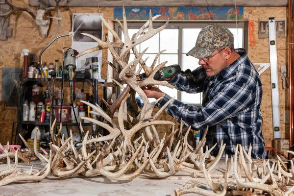 make your own antler chandelier