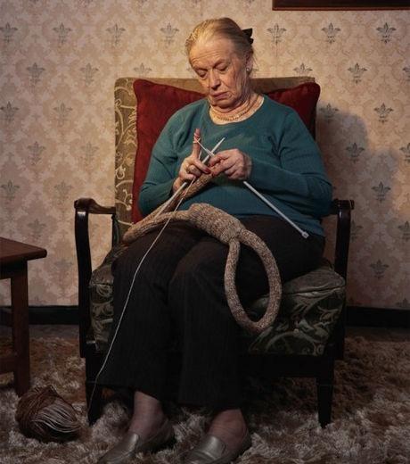Old Knitting Woman : Old woman knitting needlework stuff pinterest