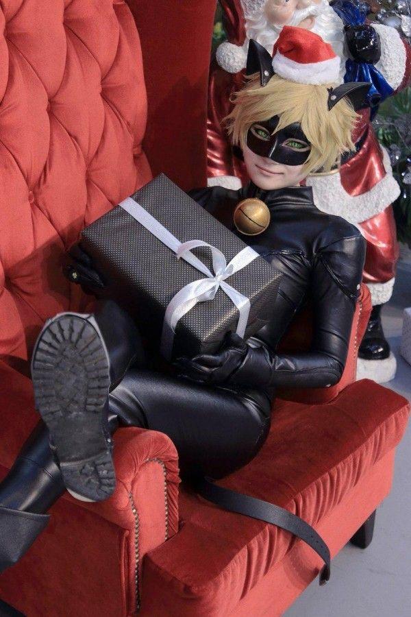 #Noël #Chat noir a un cadeau #MiraculousLadyBug