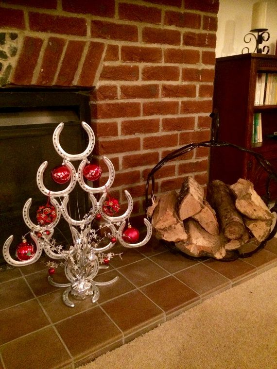 590 best images about horse shoe on pinterest yard art for Christmas tree made out of horseshoes