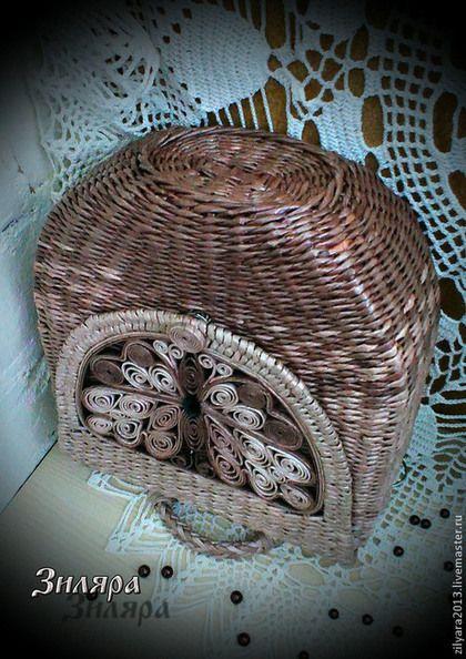 Купить или заказать Плетеная сумка Эффект бабочки в интернет-магазине на Ярмарке Мастеров. Эко стиль уже давно стал одним из самых популярных направлений в интерьерном дизайне. Со временем эта тенденция распространилась и на другие области, в частности, на одежду и аксессуары. Образ в эко стиле стал актуален для людей всех возрастов. Плетёная сумка универсальный аксессуар. Летом с ней можно пойти на пляж, на встречу с друзьями, отправиться на свидание, на пикник или на прогулку по городу.