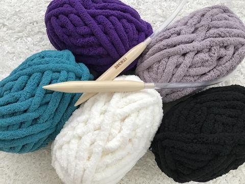 BeCozi Chunky chenille yarn, 30 colors  AKA: Yarn bee or Bernat big