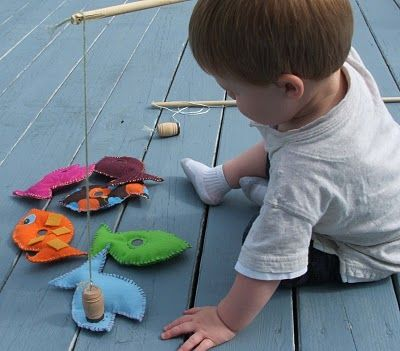 gone fishin' {with magnets} great homemade kids toys