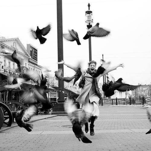 """""""Ser feliz é uma responsabilidade muito grande. Pouca gente tem coragem.""""  (Clarice Lispector) via Alma hippie:"""