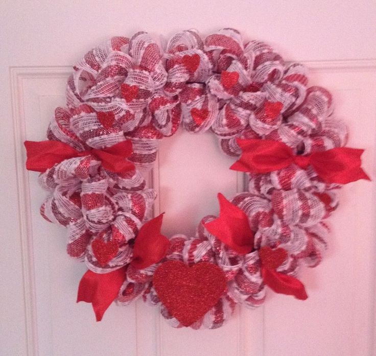 Valentine Deco Mesh Wreath Red And White With Bows    eBay