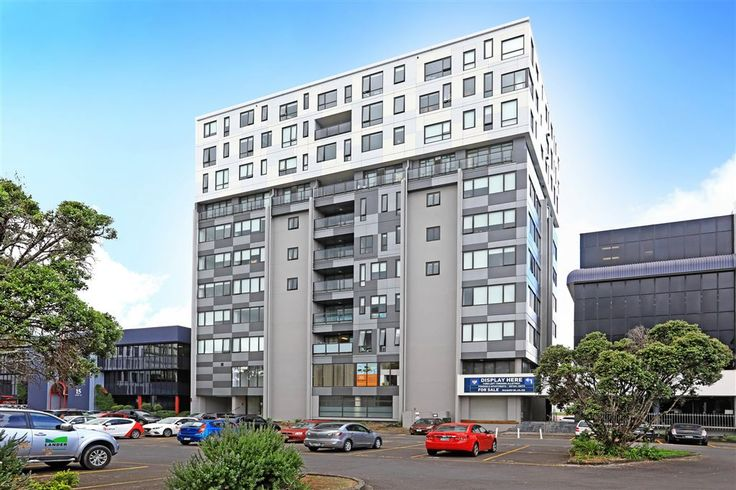 #JUSTLISTED : 905/17 Putney Way, Manukau  Reluctant Sale - Better Than Banking !  Lets face it - How much can we gain by keeping money in the bank these days? The property market can offer so much more. The best properties are ones that are located and configured for quality tenants to provide maximum cash flow.