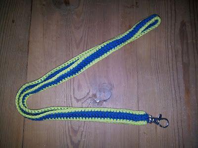 Husbestyrerinden: Hæklet nøglesnor  (crochet, keyhanger)