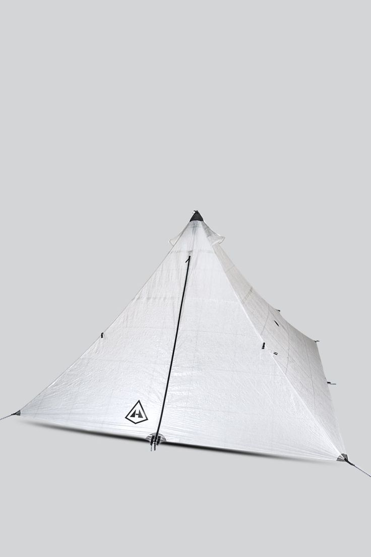 Stay dry in our 4-person Cuben Fiber ultralight backpacking pyramid tent. Made with 100% waterproof Dyneema® Cuben Fiber this 4-season tent withstands the worst weather conditions.