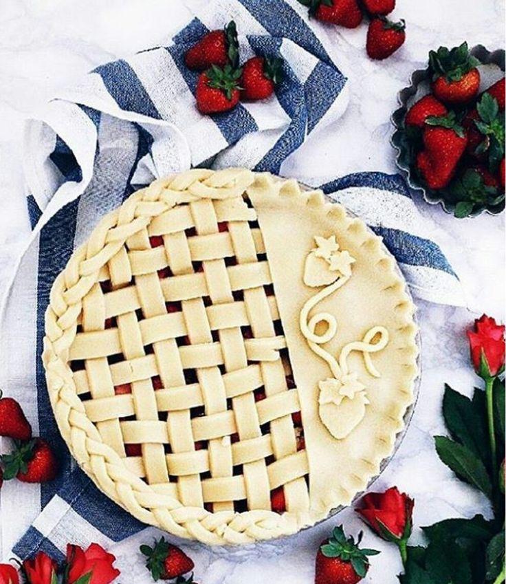Strawberry crust on strawberry pie