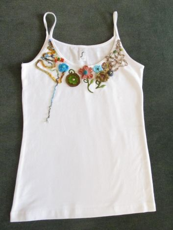 I have just put this item up for sale : Top, T-shirt Marque Inconnue 26,00 € http://www.videdressing.us/tops-t-shirts/marque-inconnue/p-4199726.html?utm_source=pinterest&utm_medium=pinterest_share&utm_campaign=US_Women_Clothing_Tops_4199726_pinterest_share