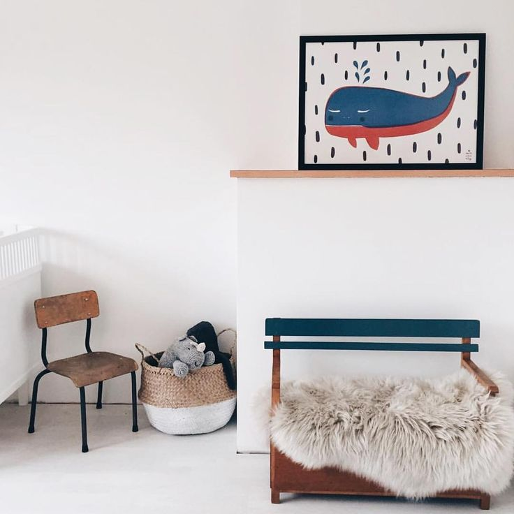 boys room - with whale poster