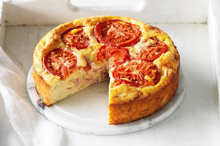 Two cheeses and tomato quiche