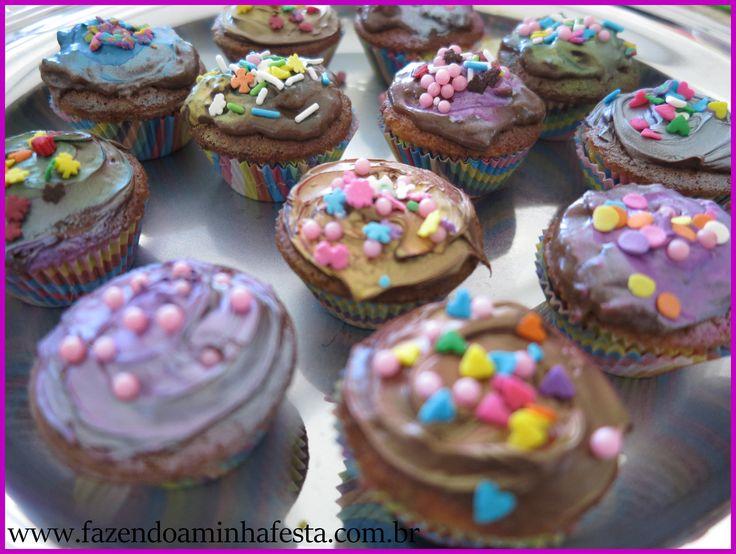 Fazendo Cupcakes com a Máquina de Cupcakes - com Receitas!!! - Fazendo a Minha Festa