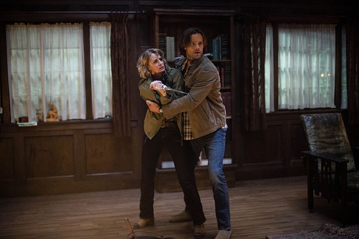 #Supernatural - Season 12 Episode 6. No Mary you can't kill Jody. I know she's encroaching on your mom turf and all but sheesh murder is a bit of an overreaction.
