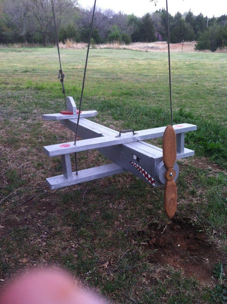 Airplane swing