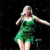 Awkward Taylor Swift Dancing