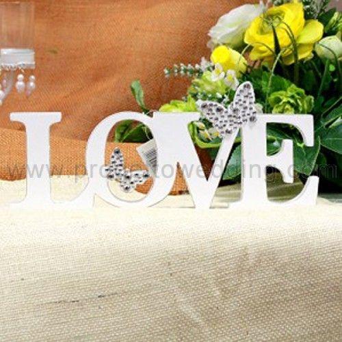 """Decorazione tavolo in legno """"Love"""" a tema farfalla. € 13,01 Misure: 32 x 14 x 3 cm"""