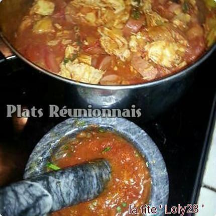 recette Rougail saucisses, Rougail boucané, Rougail tomates en accompagnement et lentilles. (75)