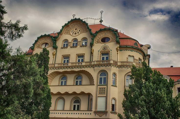 Oradea- Palatul Vulturul Negru