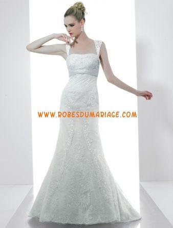 Val Stefani belle robe de mariée glamour longue avec bretelle ornée d'appliques tulle Style D7980