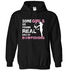 Real Girls go bowfishing, not just pretending
