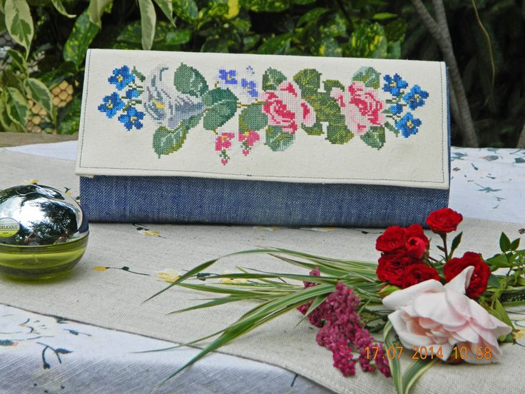 "Clutch ""Calla&Rose"": denim, linen, cross-stitch"
