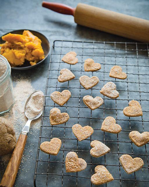 Homemade Banana & Pumpkin Dog Treats #SweetPaul #DogTreats