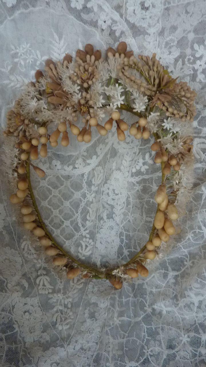 French bride's wax wedding crown tiara, 19th century, via frenchfadedgrandeur on Ruby Lane.