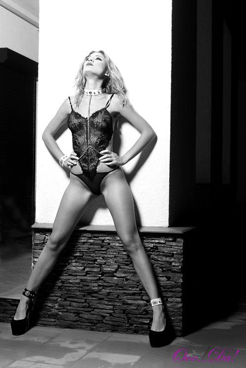 Love me...with no restraints!