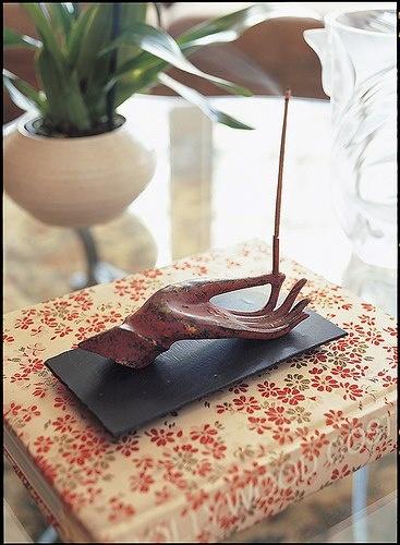 Cool incense holder