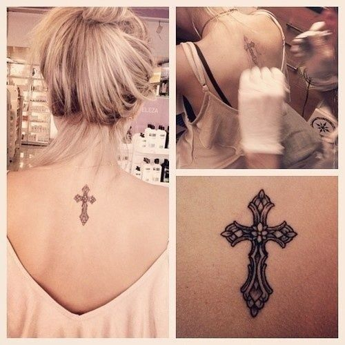 If I ever got a tattoo, it would probably be related to God. This cross is so pretty! #celtic #tattoos