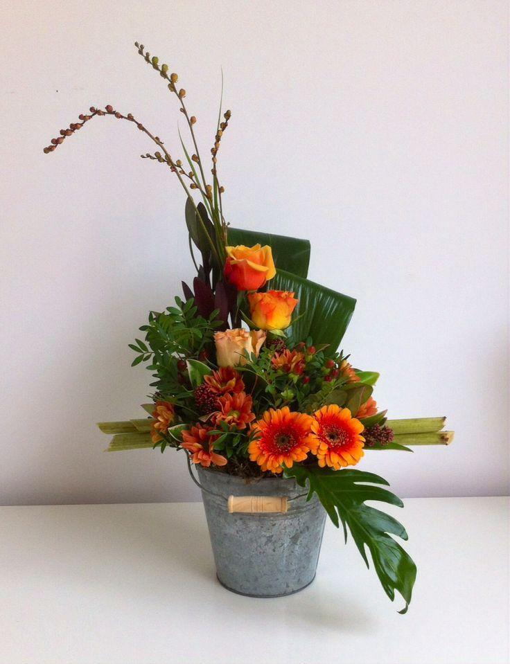 17 best images about flower design on pinterest floral arrangements fresh flower arrangement. Black Bedroom Furniture Sets. Home Design Ideas