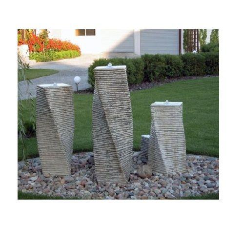 VB Fontanna ogrodowa betonowa trzy słupy