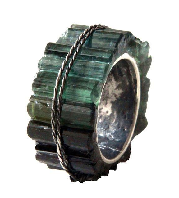 Kika Alvarenga, ring silver green tourmalines - at SIERAAD