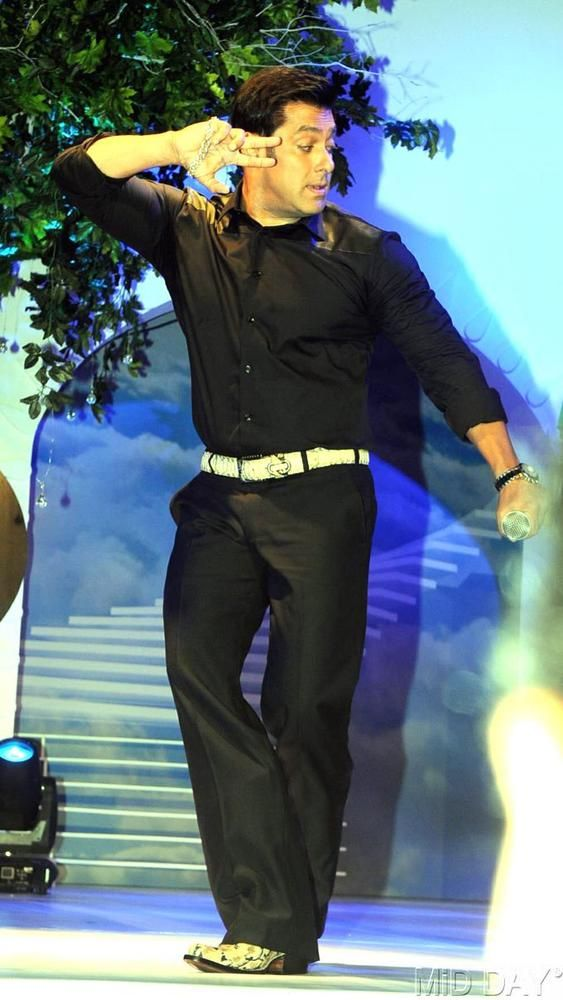 Salman Khan launches 'Bigg Boss - Saath 7' #Bollywood #Fashion #Style