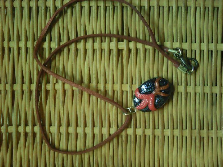 Red nirnroot pendant