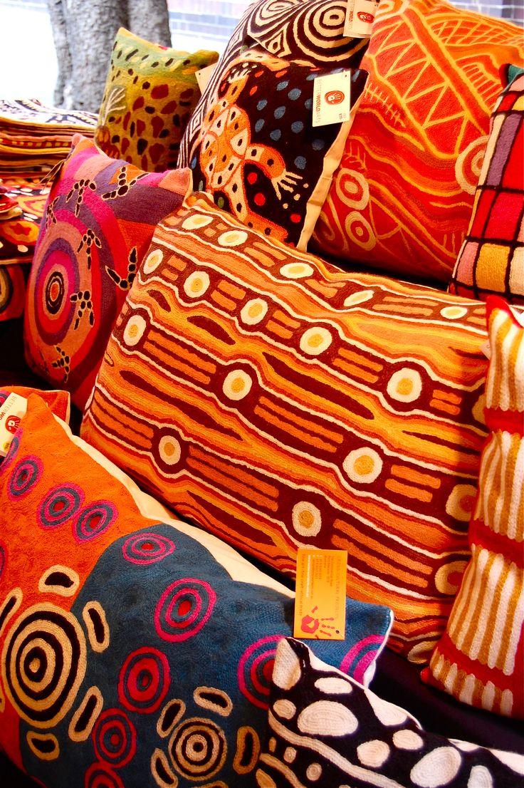Aboriginal textiles in The Rocks (Sydney Australia) | TheWanderingHousewife.com