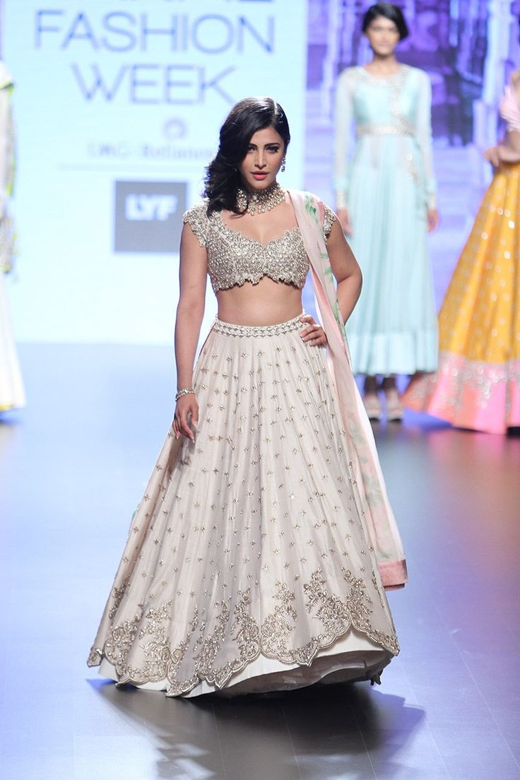Shruti Hassan walks as showstopper in an all ivory white lehenga by Anushree Reddy #LFW #LIFW2016 #Frugal2Fab