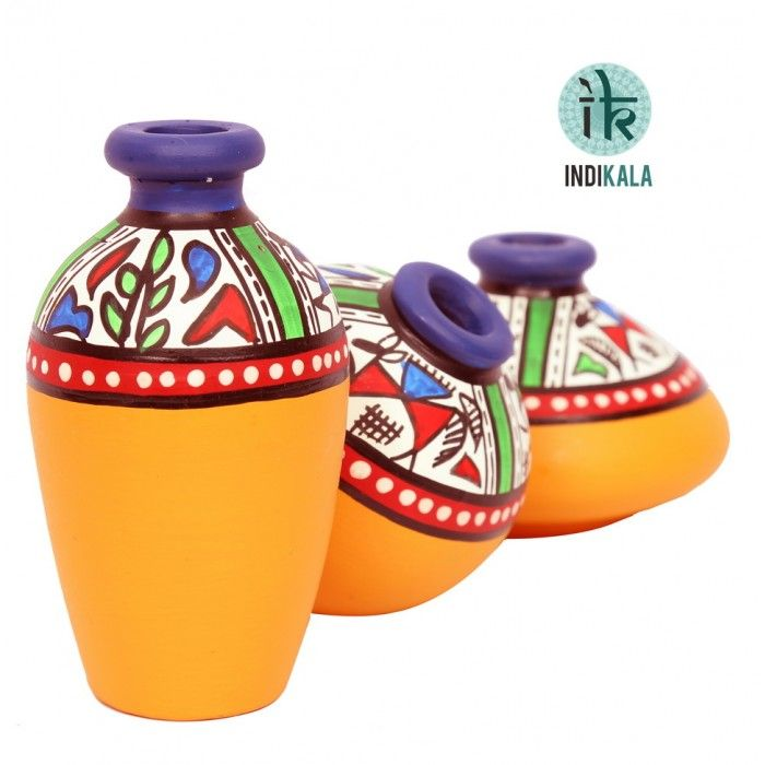 Name : Yellow Terracotta Warli Handpainted Miniature Pots : Set Of 3 Price : Rs 499/- Buy Now at : http://www.indikala.com/yellow-terracotta-warli-handpainted-miniature-pots-set-of-3.html #Handmade #Handicraft #Pots