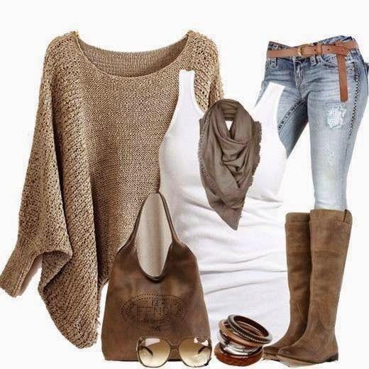 Mi piace molto questo outfit | Il semi-poncho è molto particolare | La maglia sbracciata bianca ci sta molto bene, ma anche nera dovrebbe fare la sua figura | Lo stivale forse è troppo alto metterei più un metà polpaccio
