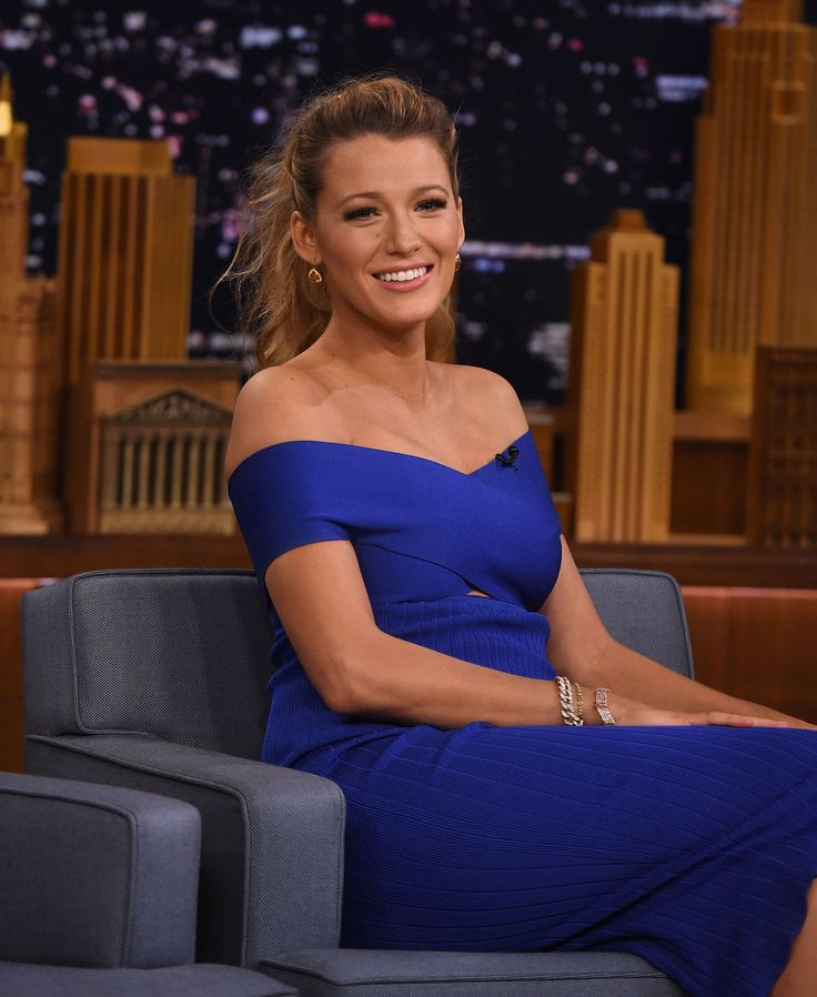 "Blake Lively Says Watching Ryan Reynolds' Sex Scenes Is a ""Cruel and Unusual Form of Torture"""