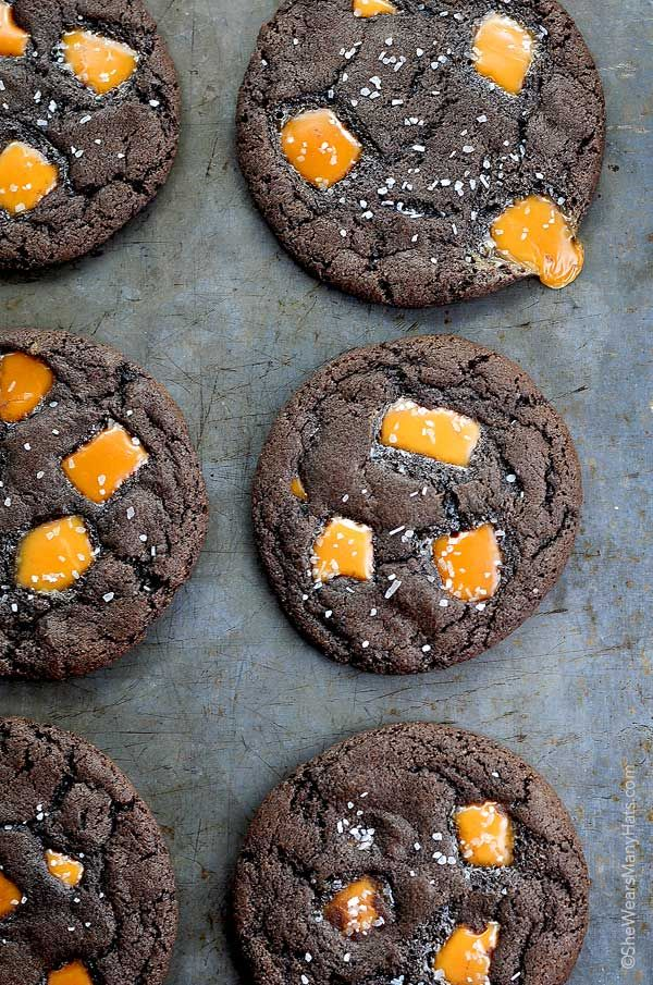 These Dark Chocolate Salted Caramel Cookies Recipe are the best! Make a batch for your favorite teacher, neighbor, or cookie fan. shewearsmanyhats.com